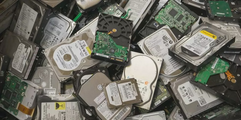 Are Hard Drives DISAPPEARING?